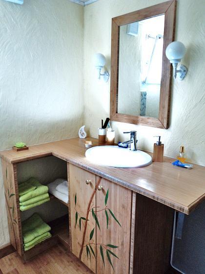 atelier jv bois fabrication et pose d un meuble en bambou parquet en bambou massif 13. Black Bedroom Furniture Sets. Home Design Ideas